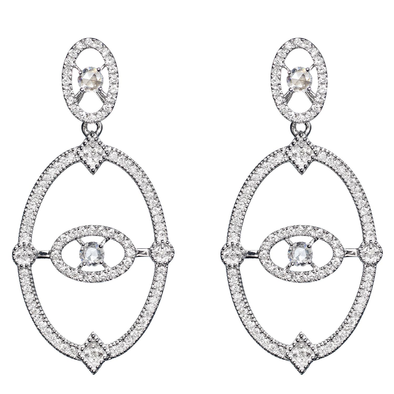 Boucles d'oreilles Or Gris 18k Serti de Diamants Ornées de 4 Diamants Taillés Rose