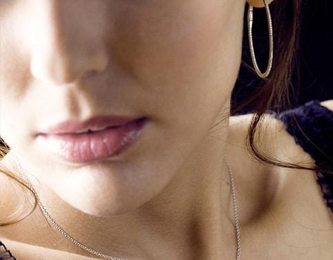 Boucles d'oreilles ellipse or 18k serties diamants
